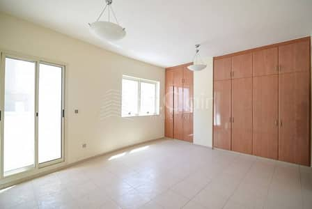 Cozy |3 BR Apartment | Al Barsha Bldg