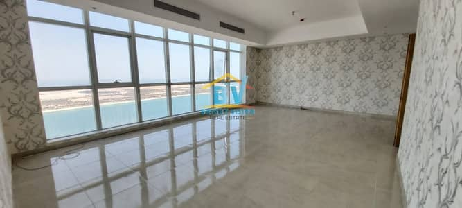 3 Bedroom Flat for Rent in Corniche Road, Abu Dhabi - Affordable Price Great Value Classy Sea View 3Bhk with Maids Near Corniche