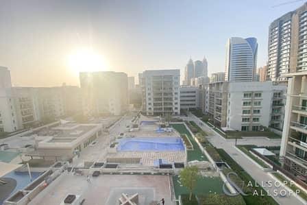 شقة 2 غرفة نوم للايجار في الروضة، دبي - Upgraded Unit | Pool Views | Chiller Free