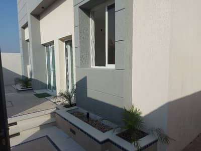 3 Bedroom Villa for Sale in Al Zahia, Ajman - Wonderful villa for sale :  conditioning on Gar Street We offer you a wonderful opportunity A very distinct design, personal building and an attractive price