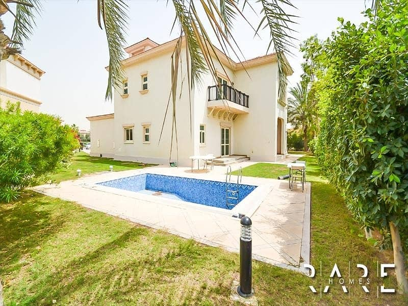 40 Genuine Listing   Upgraded 4 Bed Villa with private pool