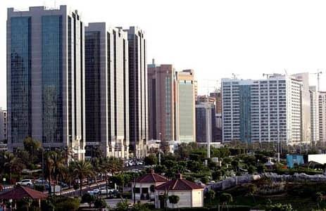 شقة في منطقة الكورنيش 3 غرف 120000 درهم - 3127904