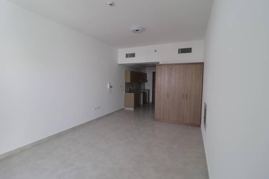 Brand New Mall View Studio Hall In Binghatti Star's