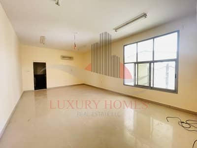 شقة 3 غرف نوم للايجار في سنترال ديستركت، العین - Spacious Private Entrance Near Al Ain Mall