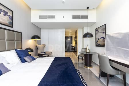 Studio for Rent in Business Bay, Dubai - Corner Unit | Canal View | Furnished Apt