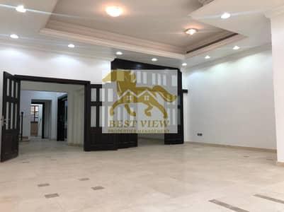 4 Bedroom Villa for Rent in Al Bateen, Abu Dhabi - Spacious Villa 4 Masters Bedrooms with Big Garden  in Bateen.