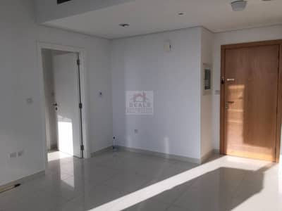 Good Offer!!! 1BR Unfurnished in Executive Bay