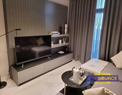 استوديو  للايجار في الخليج التجاري، دبي - Fully Furnished Studio Apartment for Rent   Only AED 60k    Prime Location