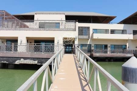 فیلا 5 غرف نوم للايجار في القرم، أبوظبي - Luxurious Villa in Al Qurm | Perfectly Splendid Property |