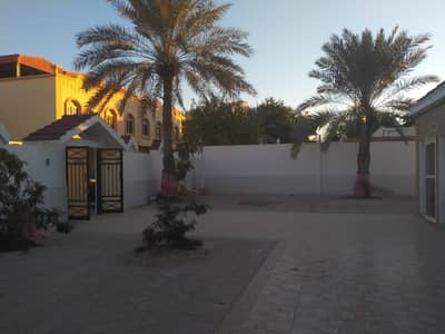 3 Bedroom Villa for Rent in Al Rumaila, Ajman - 3 BEDROOM, ONE HALL, FOR FAMILY  NEWLY MAINTAIN EVERYTHING  BUILD ON 7500 SQ FT