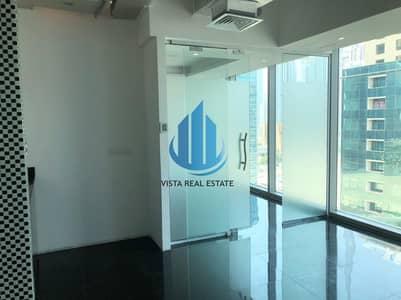 مکتب  للايجار في الخليج التجاري، دبي - Fitted Office For Rent Binary Tower Business Bay
