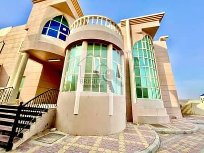 6 Bedroom Villa for Rent in Al Bateen, Al Ain - Well Decorated 6 Bedroom Villa in Al Batteen
