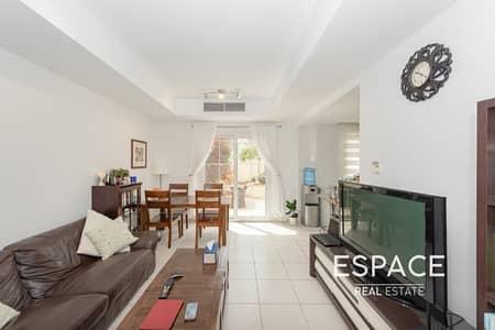 فیلا 2 غرفة نوم للبيع في الينابيع، دبي - Quiet Location | Good Condition | Type 4M