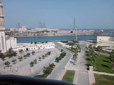 2 Bedroom Flat for Rent in Al Mujarrah, Sharjah - LUXURY SEA VIEW 2BHK JUST IN 30K WITH BALCONY  CENTRAL AC  READY TO MOVE