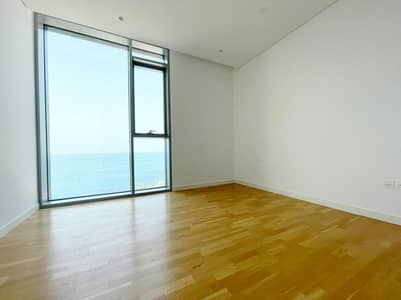 4 Bedroom Apartment for Sale in Bluewaters Island, Dubai - Luxury Living / 4 Br+Maids / Full Sea View