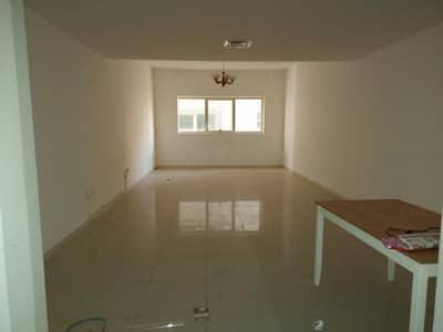 شقة 2 غرفة نوم للبيع في التعاون، الشارقة - شقة لقطة للبيع في منطقة التعاون