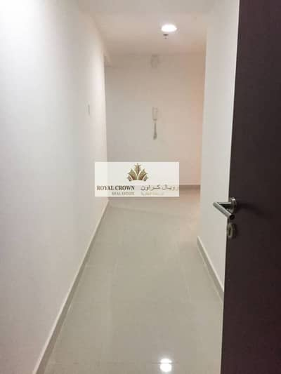 2 Bedroom Flat for Rent in Dubai Marina, Dubai - Brand new 2 Bed Room Plus Hall  Available for Rent in Escan Marina Tower 2 82000 in 4 to 6  Cheque