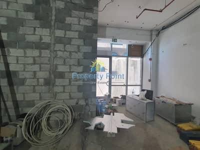 Shop for Rent in Corniche Area, Abu Dhabi - 159 SQM Shop for RENT   Prefect for Restaurant   Shell and Core   Corniche Area