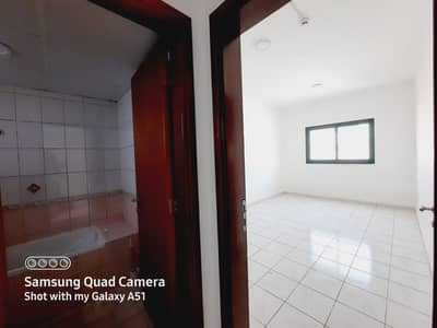 شقة 1 غرفة نوم للايجار في المجاز، الشارقة - شقة في المجاز 2 المجاز 1 غرف 20000 درهم - 5167060