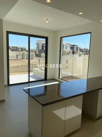 تاون هاوس 5 غرف نوم للبيع في قرية جميرا الدائرية، دبي - Amazing  5Bed  Townhouse | Great Location | Rented