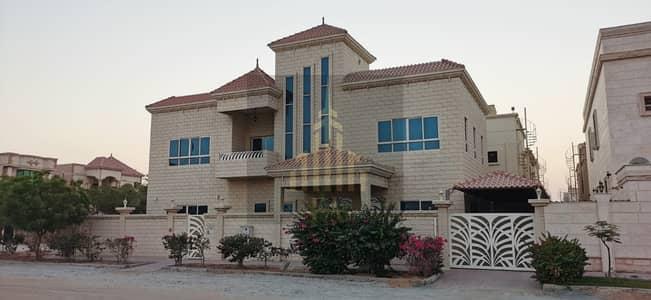 فیلا 5 غرف نوم للايجار في المويهات، عجمان - فیلا في المويهات 1 المويهات 5 غرف 120000 درهم - 5190808