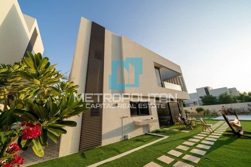 Exquisite Corner Villa In Big Plot| Luxury Layout