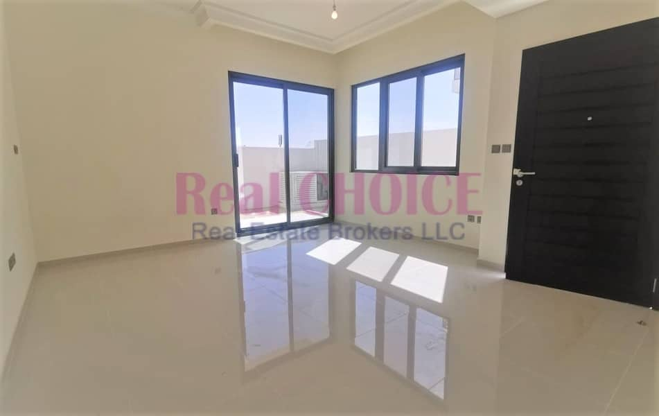 2 3 Br Villa   Incredible Layout   Motivated Seller   Buy Now