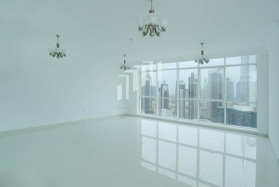 LUXURIOUS RESIDENTIAL BLDG FOR SALE
