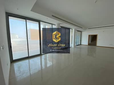 21 Bedroom Villa Compound for Sale in Shakhbout City (Khalifa City B), Abu Dhabi - For sale complex 3 in Shakhbout city