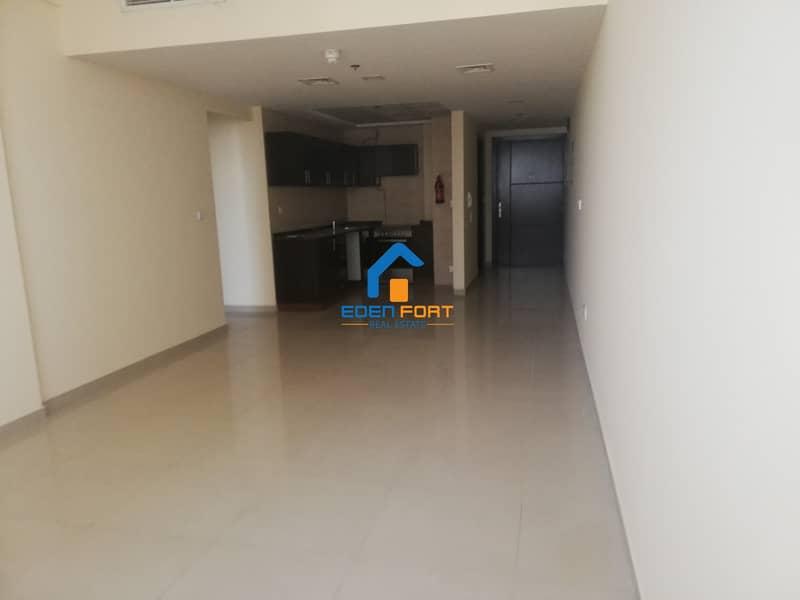 11 Huge apartment-One Bedroom-Frankfort-DSC
