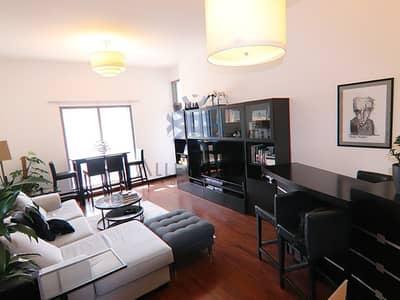 شقة 1 غرفة نوم للايجار في أبراج بحيرات الجميرا، دبي - Unfurnished 1 Bed Right Next to the Metro
