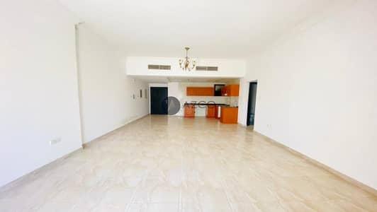 شقة 2 غرفة نوم للايجار في قرية جميرا الدائرية، دبي - Spacious Living |Huge Balcony |No separate Chiller