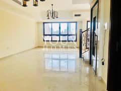 MK | Motivated seller 5BR + Maids with Elevator
