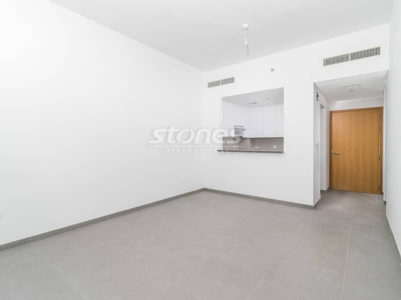 2 Modern with High Quality Finish Great Pool View