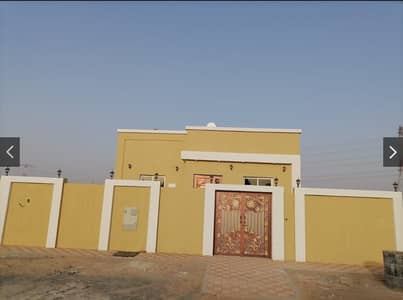 3 Bedroom Villa for Sale in Al Helio, Ajman - The king of a villa with an Arabic design and the finishing is more than wonderful, 100% free ownership for all nationalities, directly from the owner, next to all services, with the lowest . . .