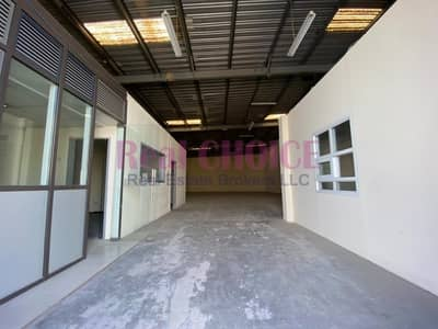 Warehouse for Rent in Al Quoz, Dubai - 8 Meters Ceiling Height | Pantry | Built-in Office