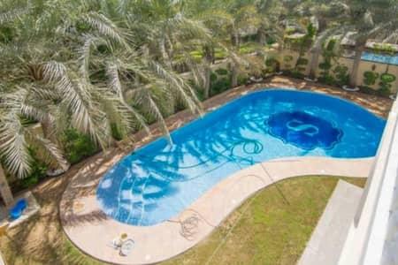 فیلا 6 غرف نوم للبيع في تلال الإمارات، دبي - Bespoke Italian Renaissance Mansion With Swimming Pool