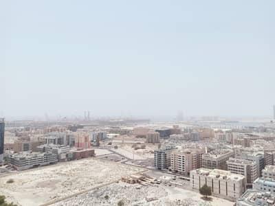 شقة 3 غرف نوم للايجار في بر دبي، دبي - شقة في المنخول بر دبي 3 غرف 120000 درهم - 5195600