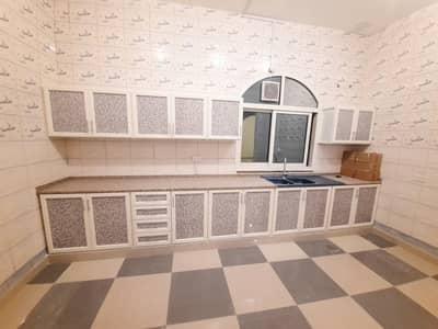 شقة 2 غرفة نوم للايجار في الشامخة، أبوظبي - شقة في الشامخة 2 غرف 50000 درهم - 5195832