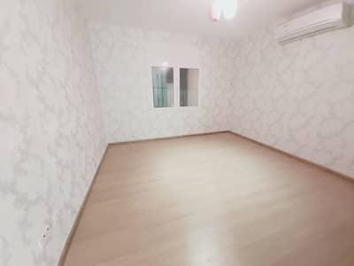 استوديو  للايجار في مدينة الفلاح، أبوظبي - شقة في مدينة الفلاح 21600 درهم - 5127499