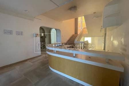 فيلا تجارية  للايجار في الوصل، دبي - 5BR Commercial Villa in Wasl Road/ Prime location