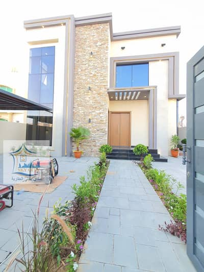 5 Bedroom Villa for Sale in Al Rawda, Ajman - Own your dream villa in Ajman, central air conditioning, with swimming pool