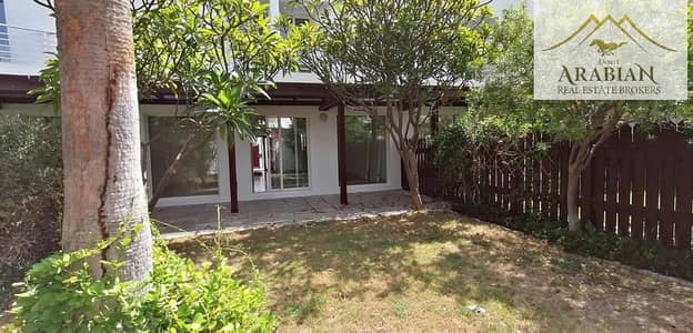 3 Bedroom Villa for Rent in Jumeirah, Dubai - Renovated  3 Bed Villa with Private Garden