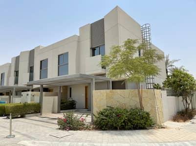 تاون هاوس 3 غرف نوم للبيع في مويلح، الشارقة - 3 غرف فيلا تاون هاوس علي زاوية مع دفعات بعد الاستلام