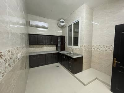 3 Bedroom Flat for Rent in Al Falah City, Abu Dhabi - Brand New and Marvelous 3BHK Very Close To Super Market For Rent in villa at Al Falah City