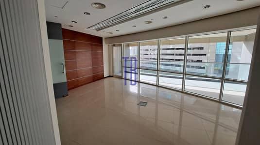 مکتب  للايجار في شارع الشيخ زايد، دبي - Fitted Office Spaces | Next to Metro Station | Sheikh Zayed Road
