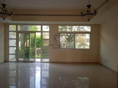 فيلا مجمع سكني 4 غرف نوم للايجار في البرشاء، دبي - LUXURY  2BHK | NEWLY  UPGRADED | SEA  VIEW