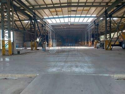 ارض تجارية  للايجار في القوز، دبي - 200000 Sq-ft commercial land with warehouse for rent in al quoz