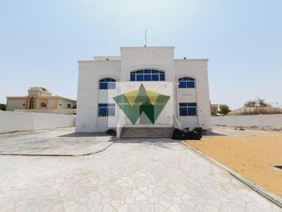 فیلا 5 غرف نوم للايجار في مدينة محمد بن زايد، أبوظبي - Stand Alone  5 Bedroom Villa with Huge Yard and  Driver Room