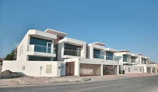 Very beautiful and modern 5 Bedrooms + maids room, villa with swimming pool